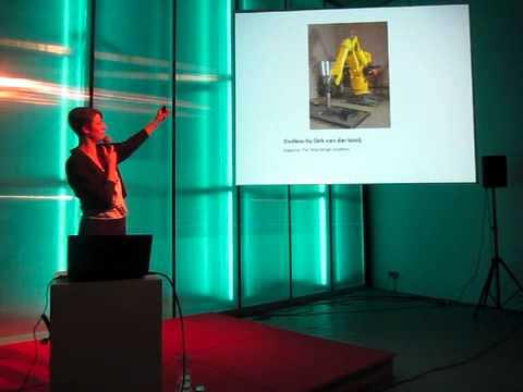 Iris Bijvelds-speaks-designcafe-OpA