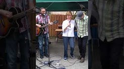 Nicola Sturgeon sings Caledonia at Southside Sessions Glasgow