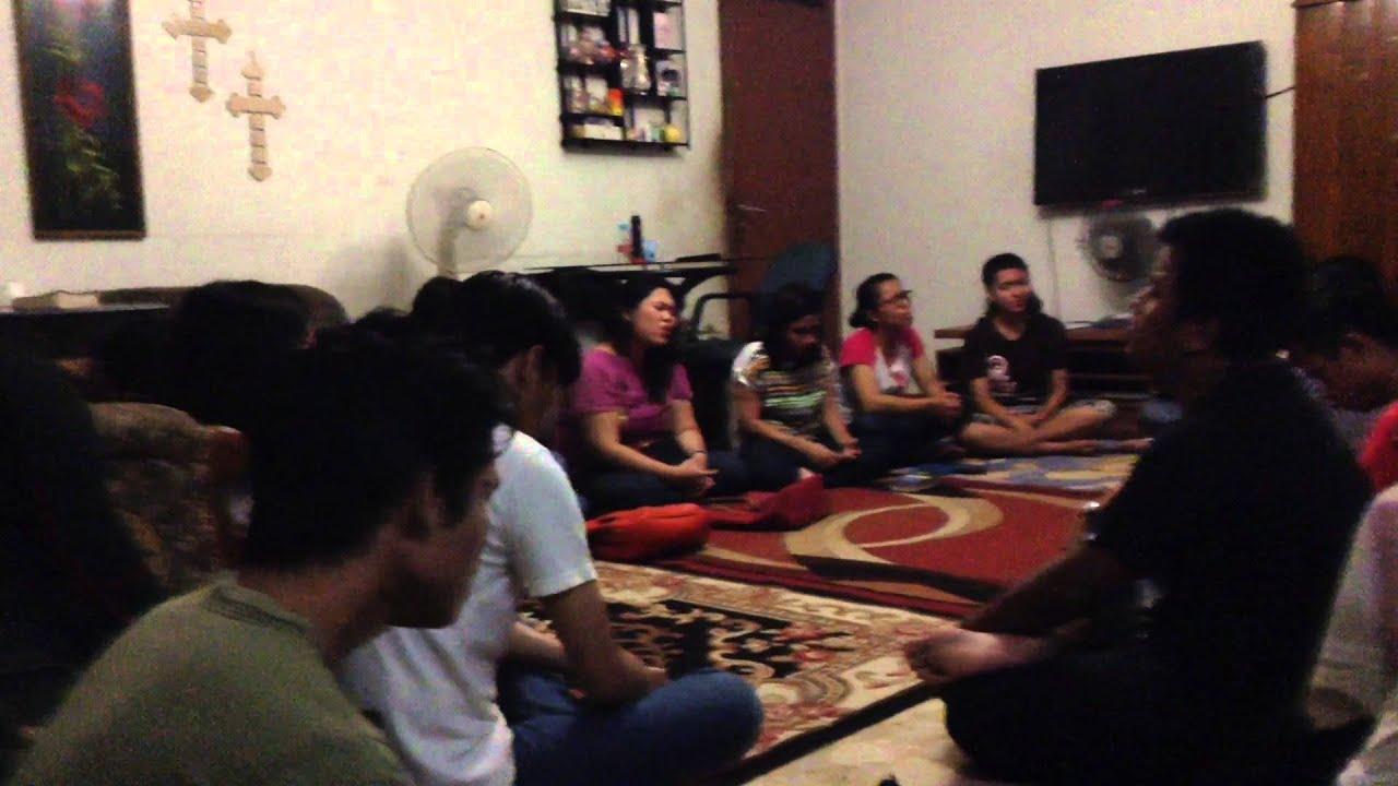 Group Prayer Meeting 114