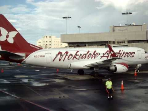 Nice view of another Mokulele E170 as we roll into our gate in Honolulu.