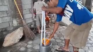 Cara membuat sapu lidi gagang
