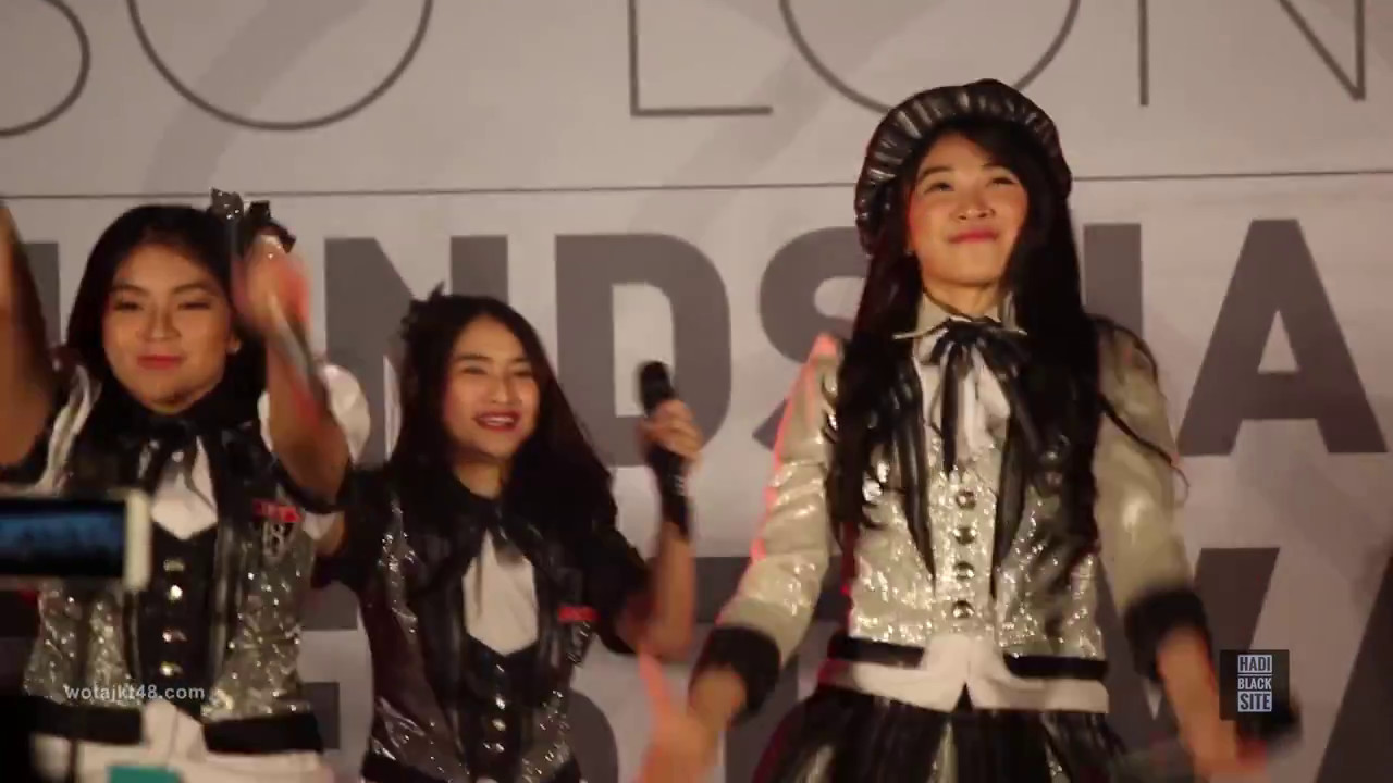 fancam jkt48 suzukake nanchara handshake so long menara 165 ballrom