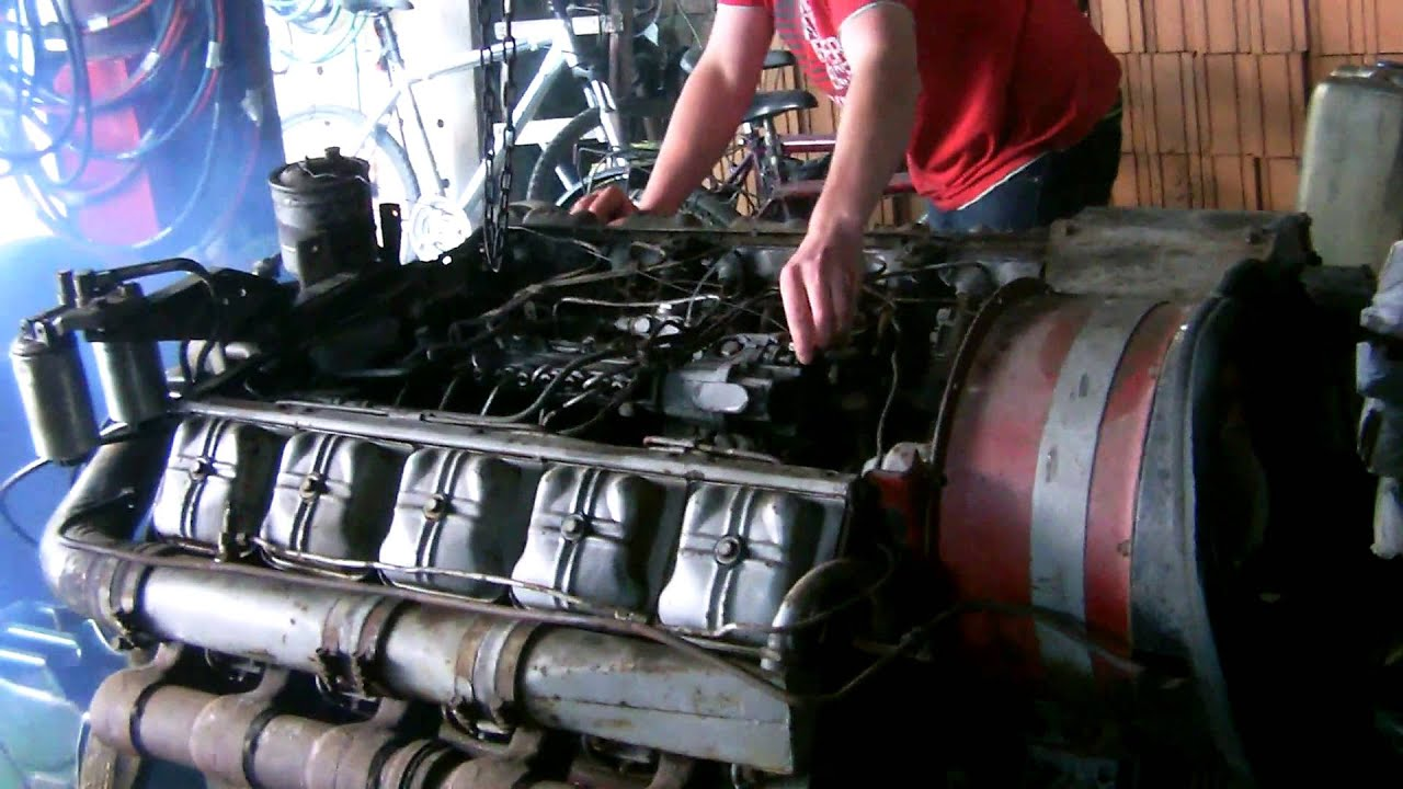 Diesel Engine Working >> DEUTZ V10 - YouTube