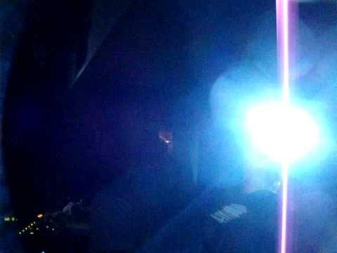 "Menage a Trois privè @ Skylight disco - 23/10/09 - Omar R. dj plays ""Needin' u"""
