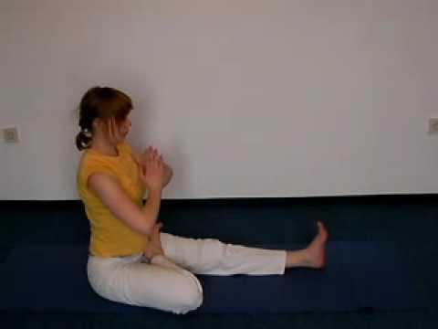 Vorwärtsbeuge Variationen - Yoga Asanas für Fortgeschrittene - YouTube