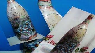 Decoupagem em Garrafa com revista rasgada e efeito de pedra