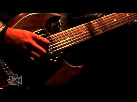VHS or BETA - Alive (Live in Sydney) | Moshcam