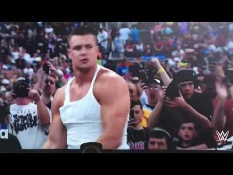 WrestleMania 33: Rob Gronkowski helps Mojo Rawley
