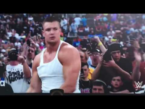 WrestleMania 33: Rob Gronkowski helps Mojo Rawley