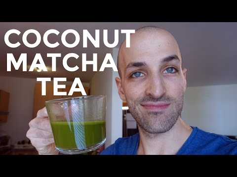 coconut-matcha-tea---great-coffee-alternative-on-keto
