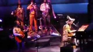 Watch music video: Rufus Wainwright - The Consort