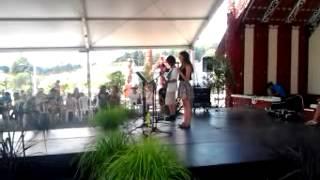 Young maori people singing