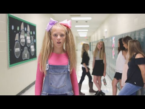 "SHAWN MENDES - ""There's Nothing Holdin' Me Back"" ANTI-BULLY TEEN PARODY"
