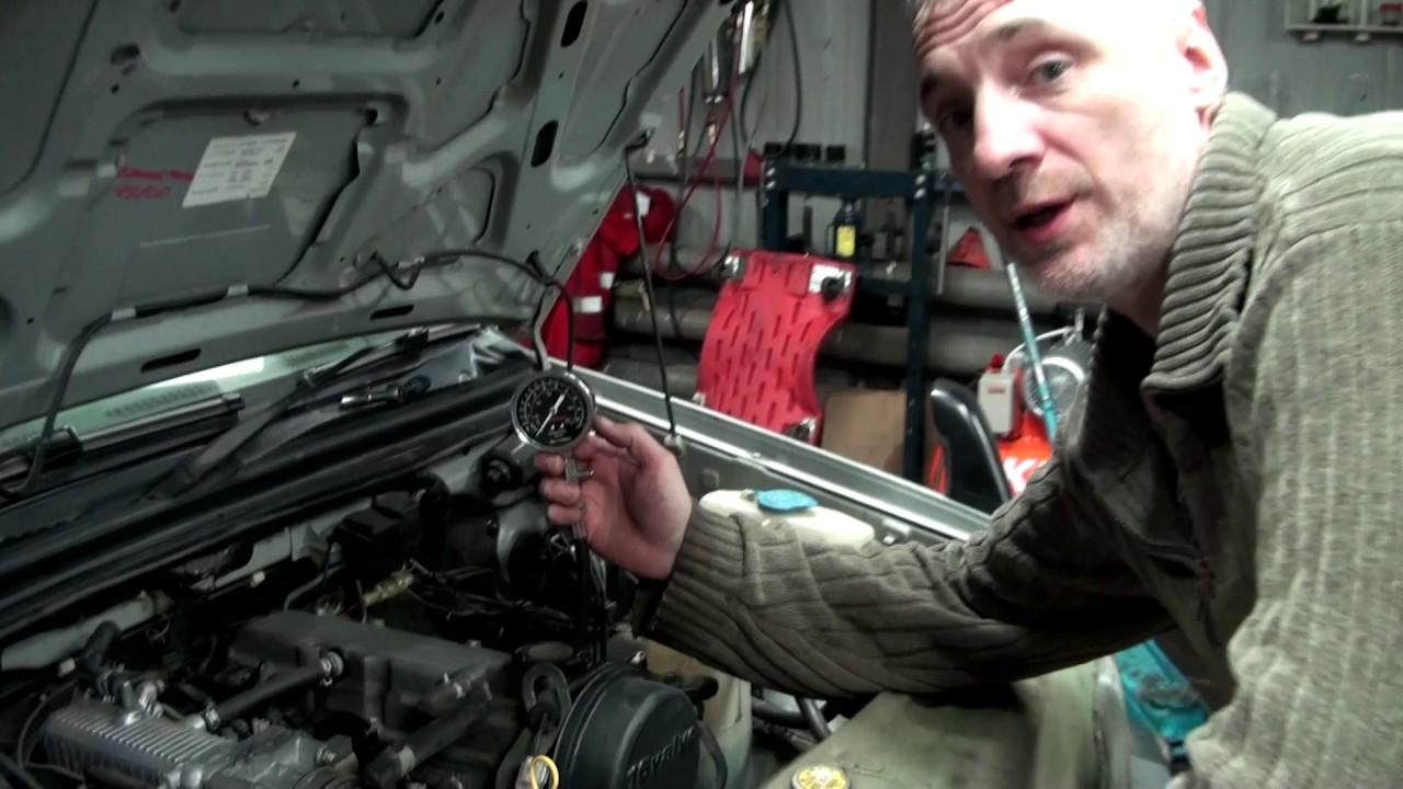 Замер компрессии на инжекторном бензиновом моторе.