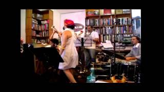 Gabi Buarque canta Arrastão (Edu Lobo e Vinícius de Moraes)