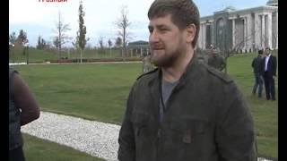 Рамзан Кадыров и бойцы инструкторской группы  Даниила Мартынова(, 2013-12-13T22:16:10.000Z)