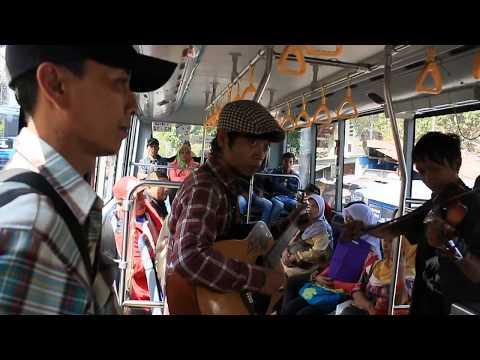 komunitas suara elang in bus