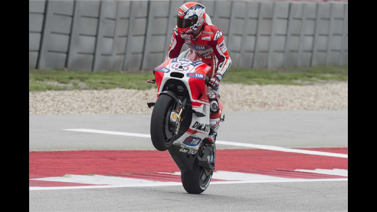 MotoGP 2015, Austin, Marc Marquez the Winner, Dovizioso 2nd, Rossi 3rd - YouTube