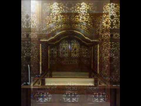 Delliando Indoartwork Furniture: Royal Javanese Bedroom Design & Furnishing