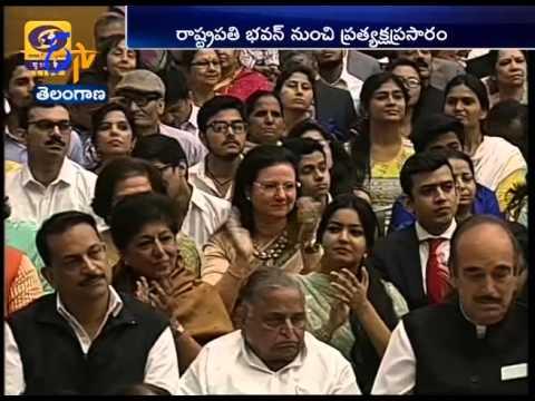 Pranab Mukherjee presents Padma awards