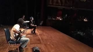 Toto Tewel, Mando & Riffy Putri - Everybody Hurts