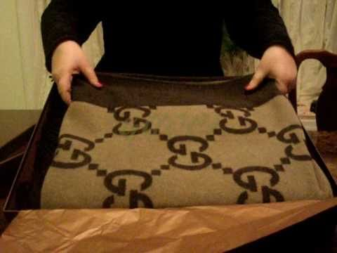 GUCCI GUCCI Luxury High Fashion Designer Throw Blankets ...