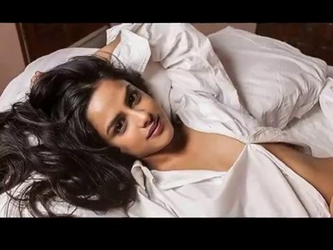 Neha mahajan hot Marati actress in chaayam pooshiya veedu thumbnail