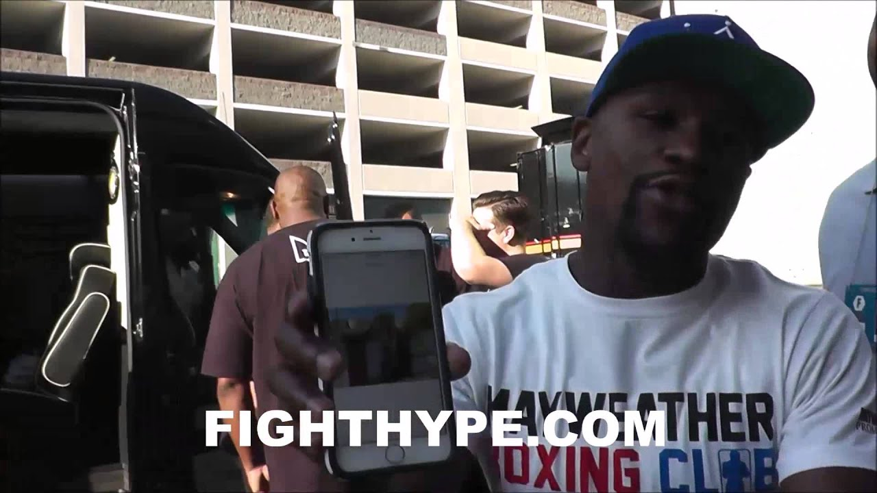 FLOYD MAYWEATHER PAYS A VISIT TO HOUSE ANDRE BERTO STAYING AT JUST