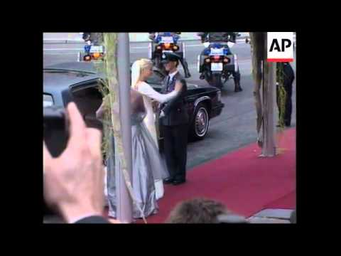 Single mother becomes crown princess in royal wedding, more pix