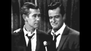 "Robert Goulet & Johnny Carson duet ""Side By Side"""