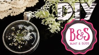 DIY: Blumen - Medaillon, Tutorial für Blüten - Cabochon Anhänger