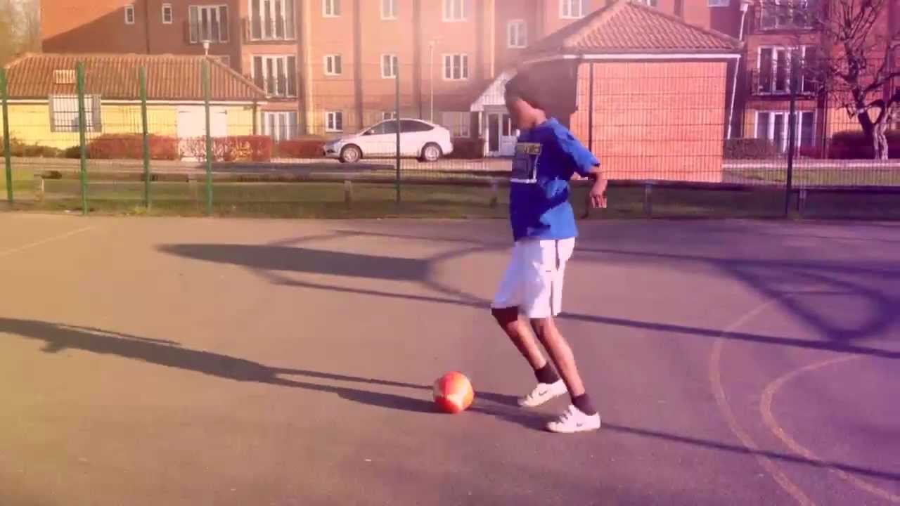 9b3b9e7b088 SV2 PLAYS FOOTBALL AS A KID!! - YouTube