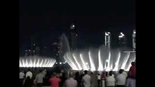 Фонтан в Дубае (Поющие фонтаны ) Видео № 3 снято на телефон.(Дубай мол возле Бурдж халифа видео №3 2010 г., 2013-07-10T22:21:23.000Z)