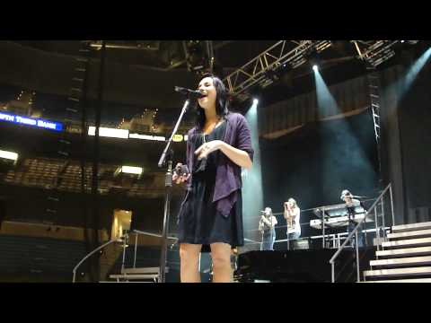 Demi Lovato - Lo Que Soy/ This is Me HD - Tampa Soundcheck 7/31