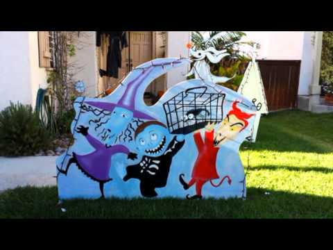 Nightmare Before Christmas yard decorations 2013 - Nightmare Before Christmas Yard Decorations 2013 - YouTube