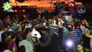 فيديو هروب أحمد حلمي وكريم عبد العزيز من عزاء عمر الشريف والسبب؟