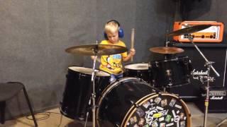 Уроки игры на барабанах дети