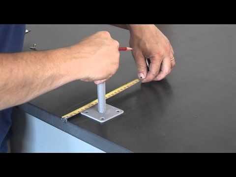 Pedix le pied de poteau doovi - Comment couler un poteau en beton ...