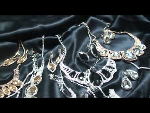 Луксозни комплекти бижута с кристали