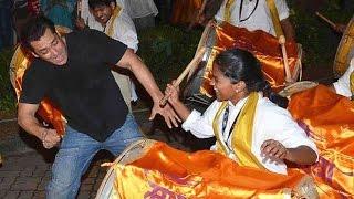 UNCUT: Salman Khan's Crazy Dance With Family And Drummers At Ganpati Visarjan 2015