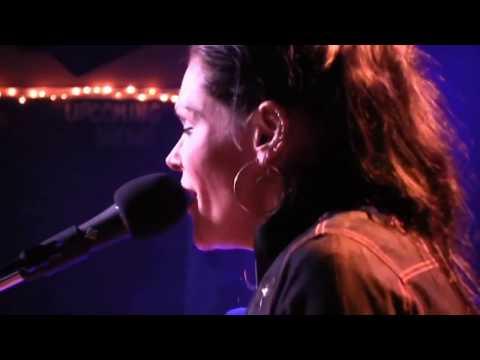 Beth Hart - Soul Shine (Live Acoustic)