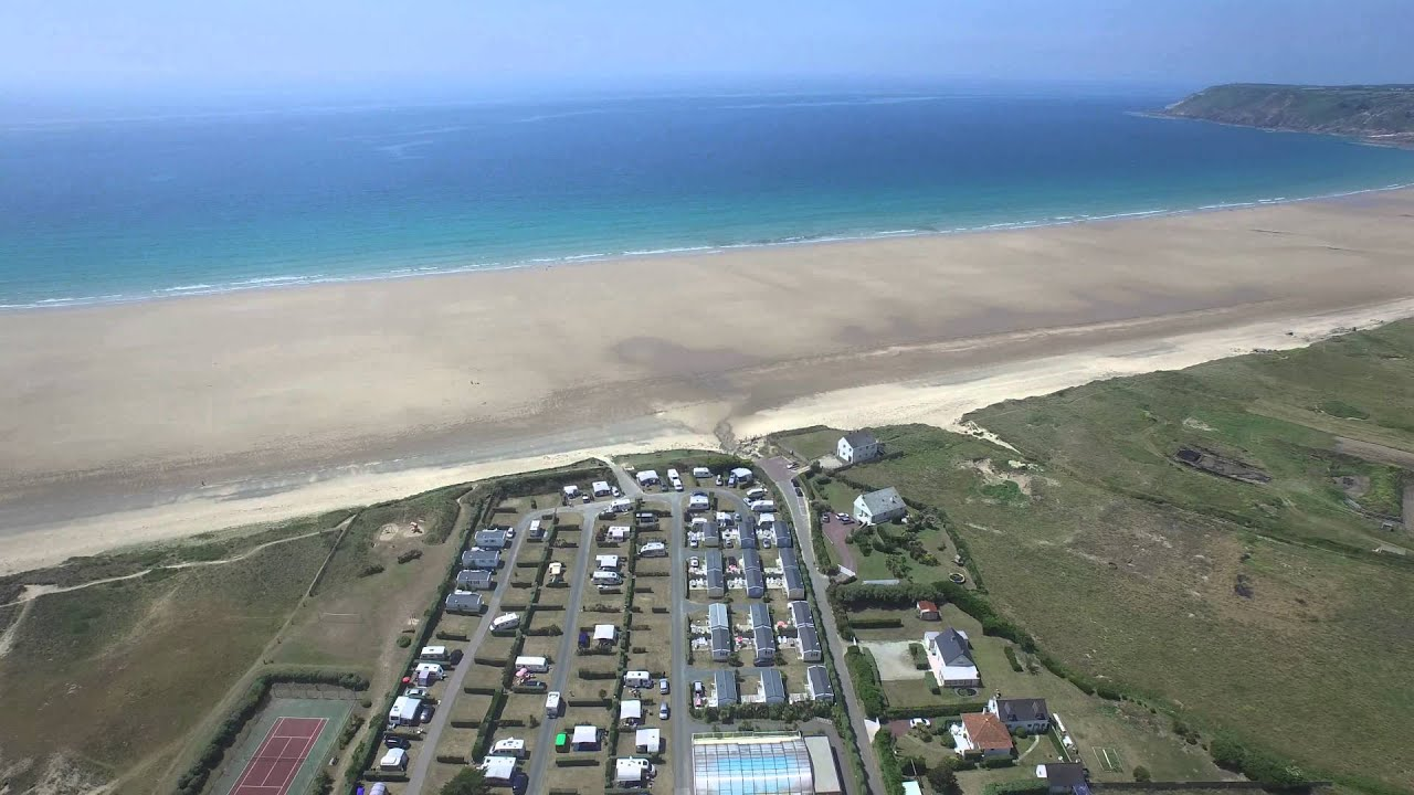Camping grand large les pieux normandie france youtube for Les pieux piscine