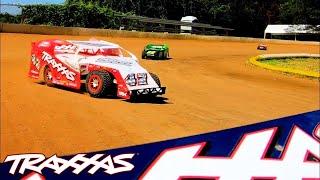 Slash Dirt Oval Racing! | Traxxas Modified