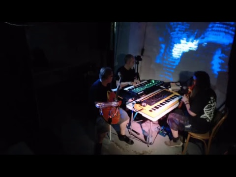 LIVE: Tony Gerber with Giles Reaves (USA) / Satoi / [ówt krì]