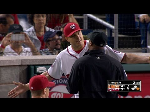 Papelbon gets tossed for plunking Machado