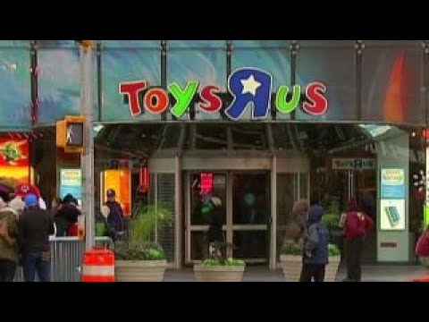 Toys R Us Files For Bankruptcy Youtube