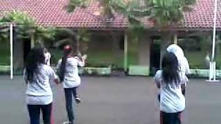 Senam Poco-Poco SMPN 151 Jakarta Utara..mp4