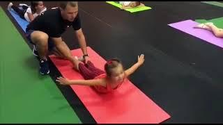 Детский фитнес в Минске: профилактика сколиоза и плоскостопия у детей.