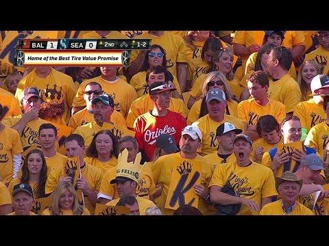 BAL@SEA: Brave Orioles fan sits in King's Court