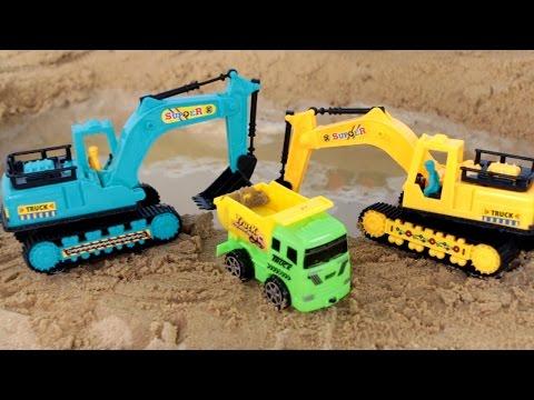 ภารกิจ รถแม็คโคร ช่วย ก่อสร้างทำปราสาททราย